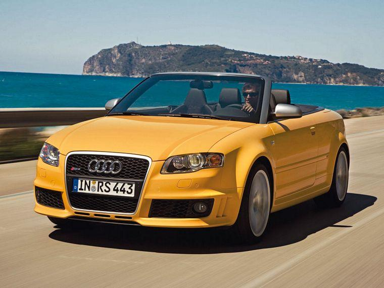 Front left 2007 Audi RS4 Cabriolet Car Picture