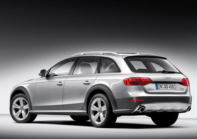 Rear Left 2010 Audi A4 Quattro Car Picture