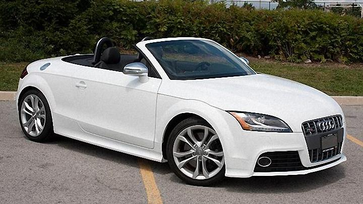 Front Right 2011 Audi TTS Roadster Car Picture
