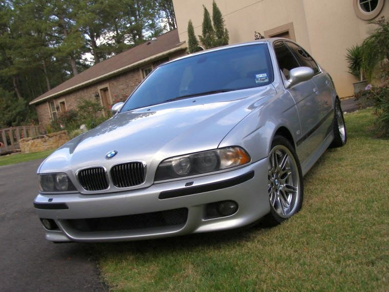 Front Left 2000 BMW M5 Car Picture