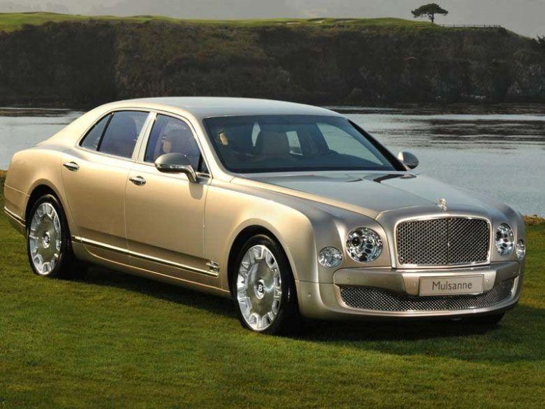 Front Right 2011 Bentley Mulsanne Car PIcture