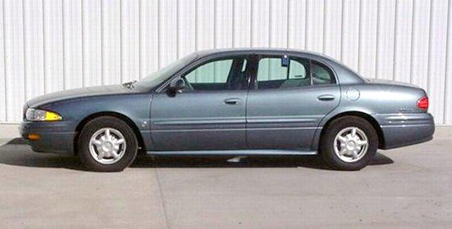Left Side Steel Blue 2000 Buick LeSabre Car Picture