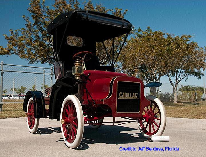 Front Right 1906 Cadillac Model K Car Picture