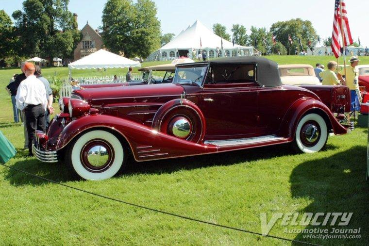 1933 Cadillac Fleetwood Car Picture