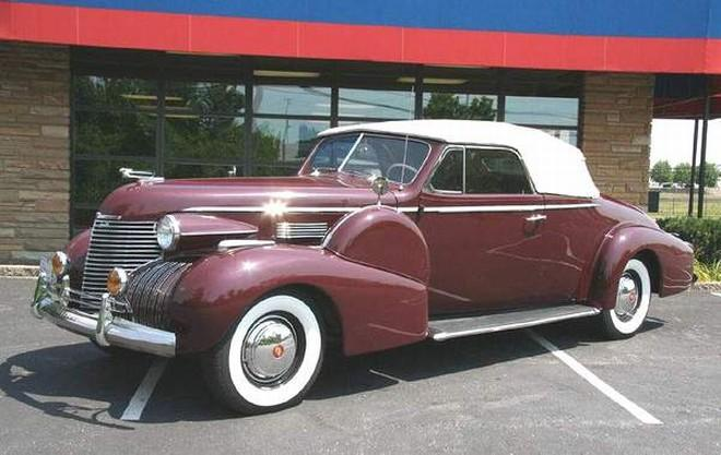 Front Left 1940 Cadillac Series 75 Car Picture