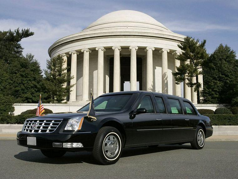 Front Left 2006 Cadillac DTS Presidential Limousine Picture