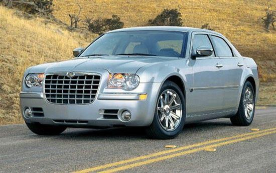 Front left 2005 Chrysler 300C Car Picture