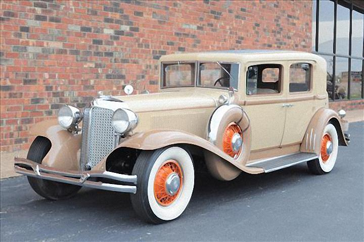 Front Left 1931 Chrysler Imperial Car Picture