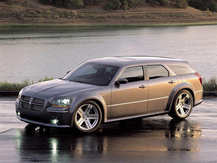2006 Dodge Magnum SRT8 Picture
