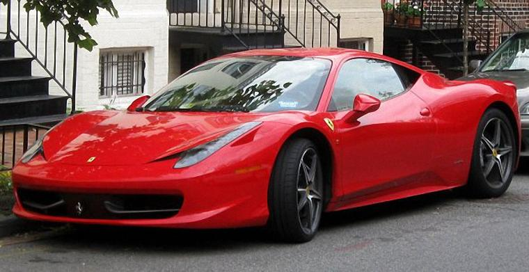 Front Left Red 2013 Ferrari 458 Italia Car Picture