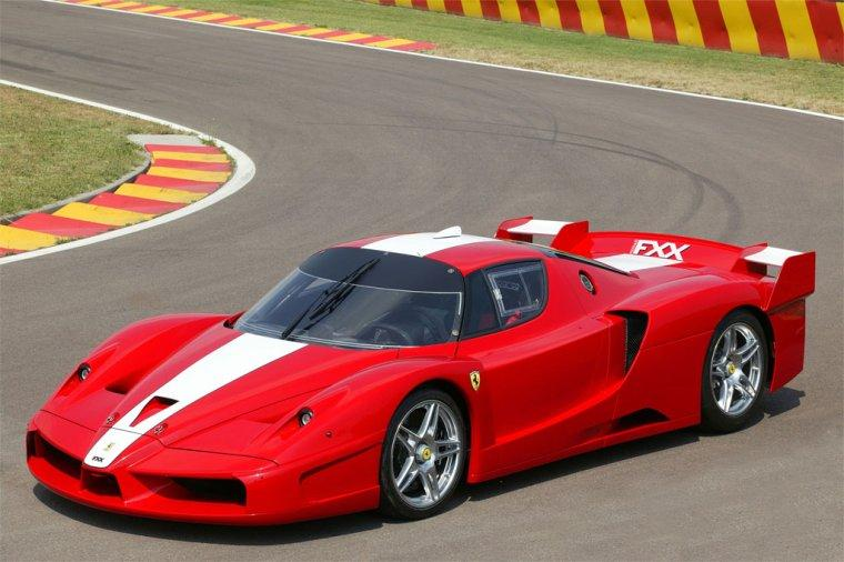 Front left Red and White Ferrari FXX Racing Car Picture