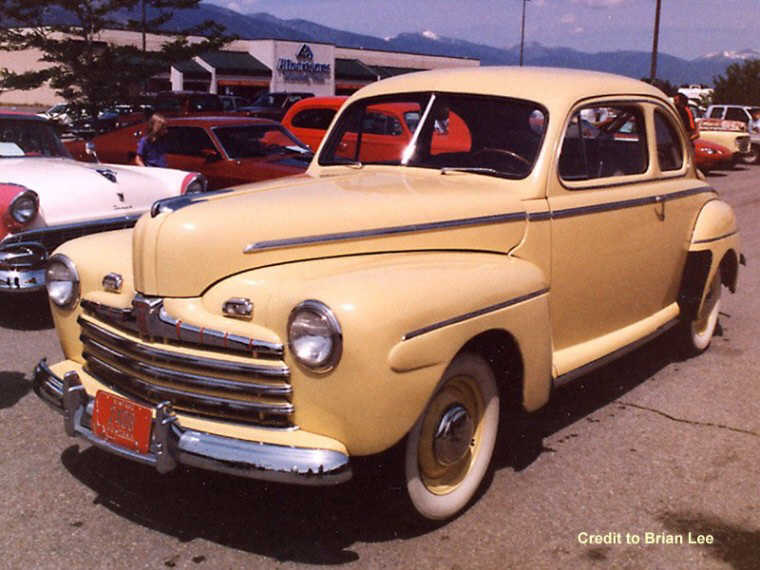 1946 Ford Super Deluxe Car Picture