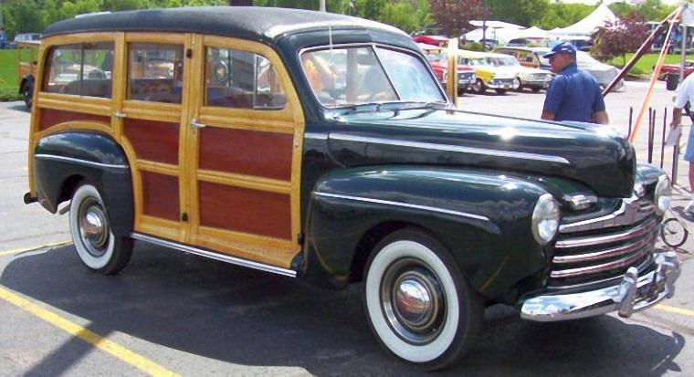 Front Right 1947 Ford Woodie Wagon Picture