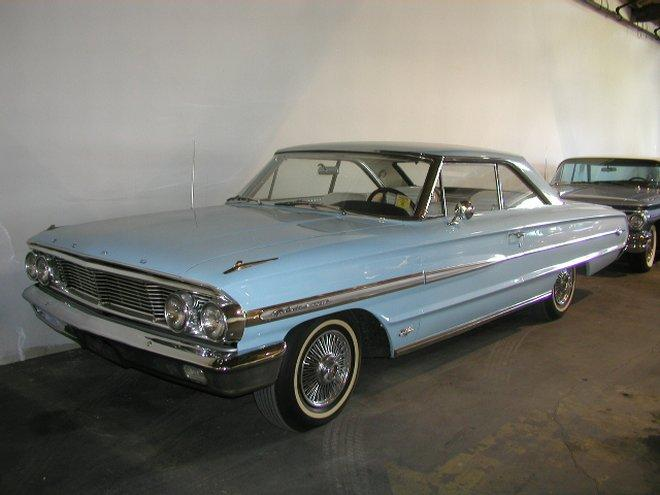 1964 Ford Galaxie 500 XL Car Picture