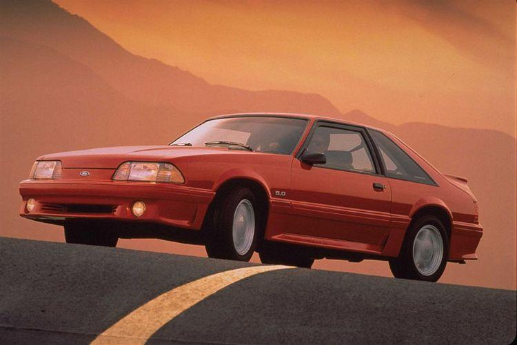 1993 Ford Mustang GT Car Picture