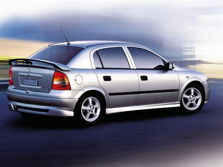 2004 Holden Astra Car Picture