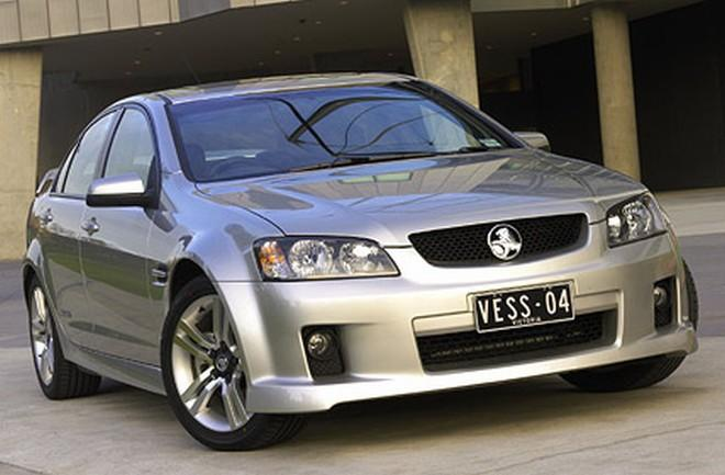 Front View Silver 2009 Holden Commodore VE Car Picture