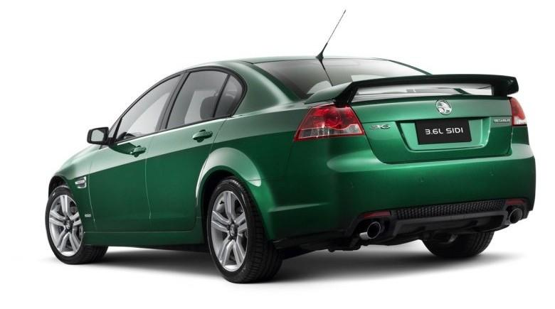 Rear Left 2010 Holden Commodore Car Picture