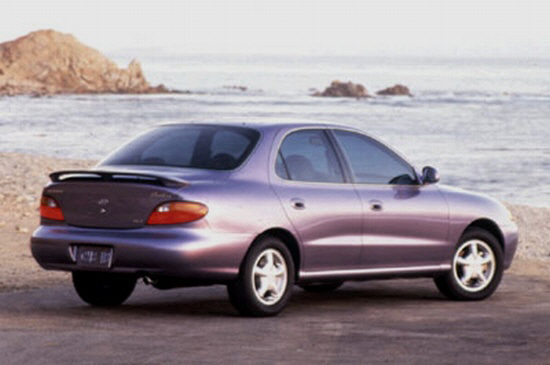1997 Hyundai Elantra Car Picture