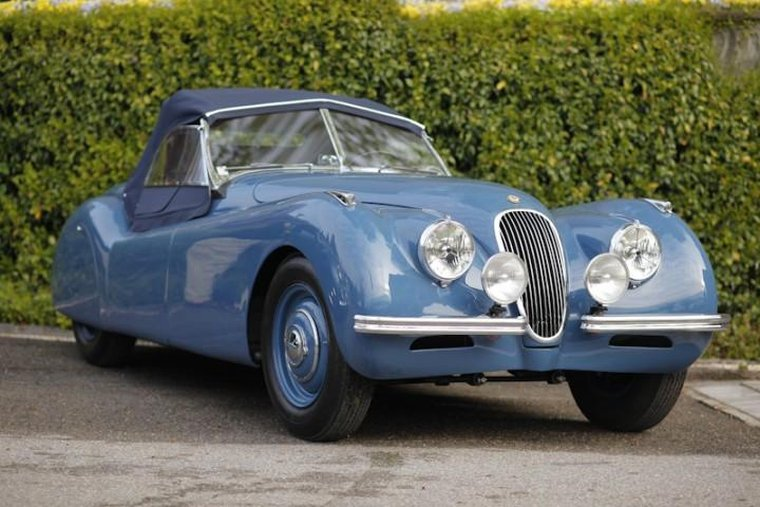 Front Right Blue 1950 Jaguar XK120 Car Picture