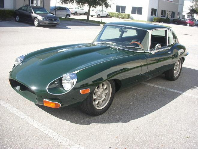 Front Left Green 1969 Jaguar X-Type Car Picture