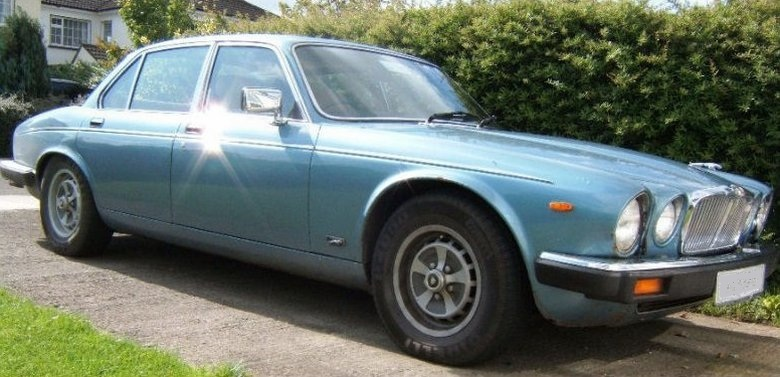 1982 Jaguar XJ12 Car Picture
