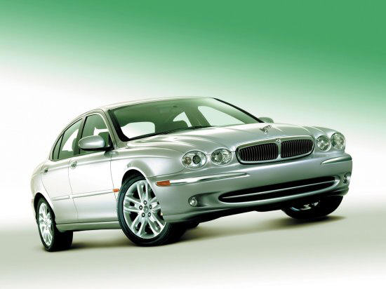 Front Right Green 2002 Jaguar X Type Car Picture