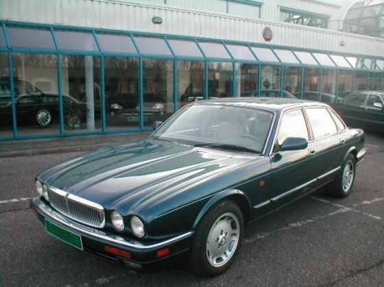 1995 Jaguar XJ6 Car Picture