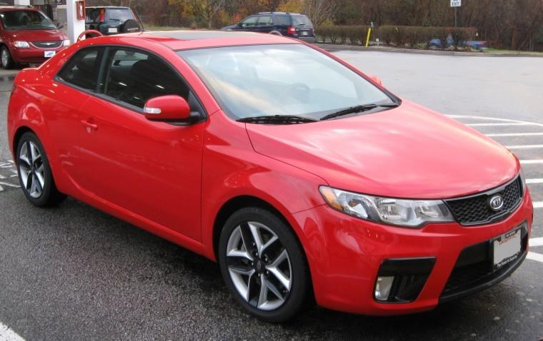 Front Right Red 2010 Kia Forte-Koup Car Picture