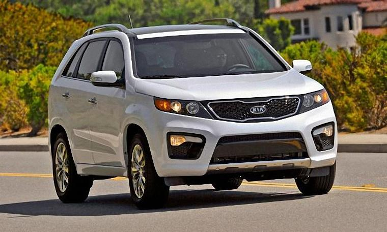 Front Right White 2012 Kia Sorento CUV Picture
