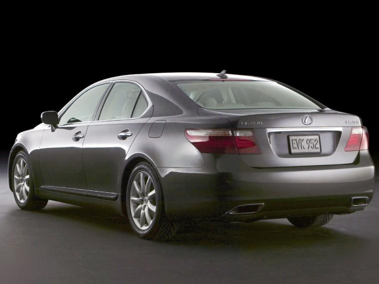 2007 Lexus LS460 Car Picture