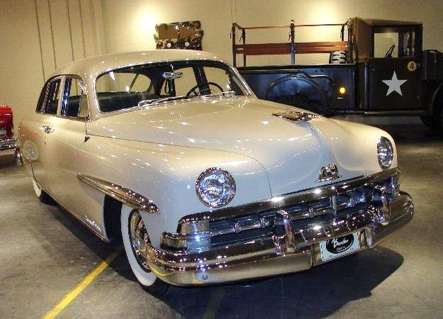 Front Right White 1950 Lincoln Cosmopolitan Car Picture