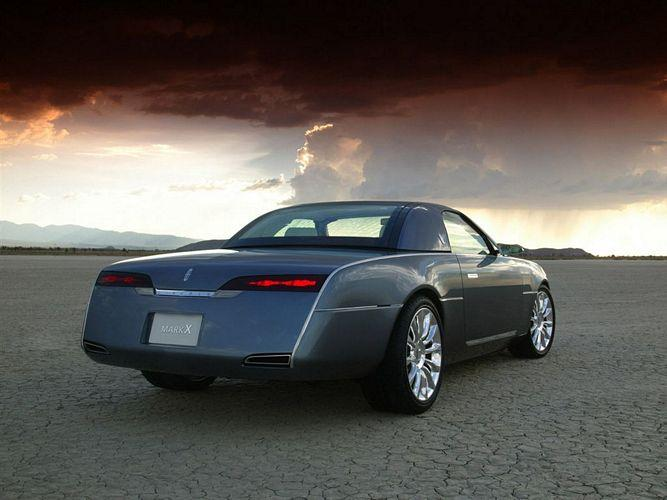 2004 Lincoln Mark X Concept Picture