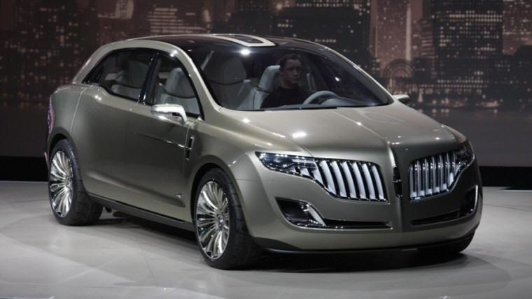 Front right 2009 Lincoln MKT Concept Car Picture
