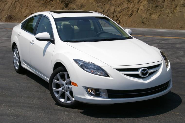 Front Right White 2009 Mazda Mazda6 Car Picture