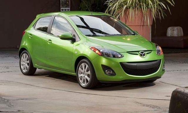Front Left Green 2011 Mazda Mazda2 Car Picture