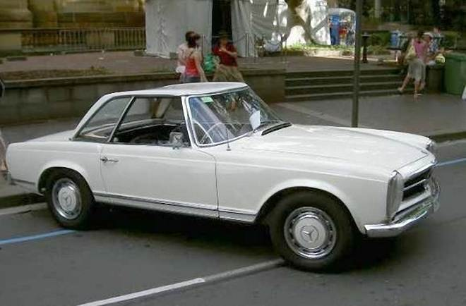 Front Right White 1965 Mercedes-Benz 230SL Car Picture