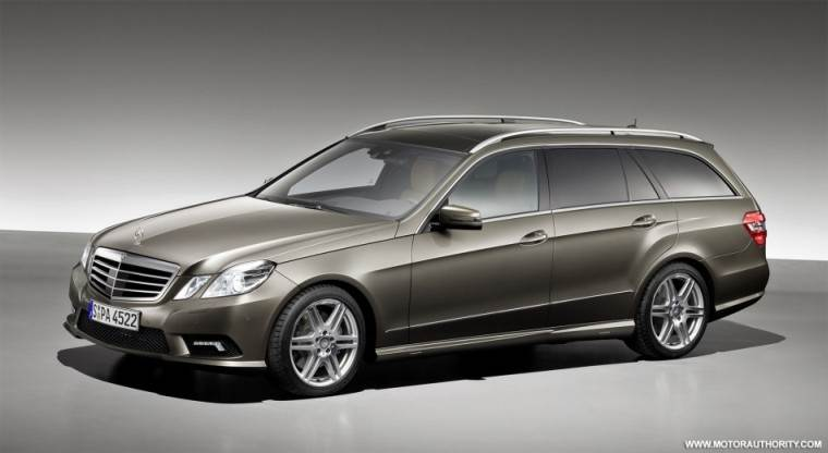 Front Left Gray 2011 Mercedes-Benz E Class Wagon Picture