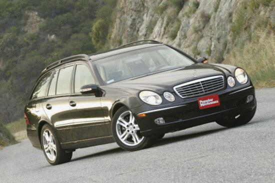Front Right Black Mercedes-Benz E500 Wagon Car Picture