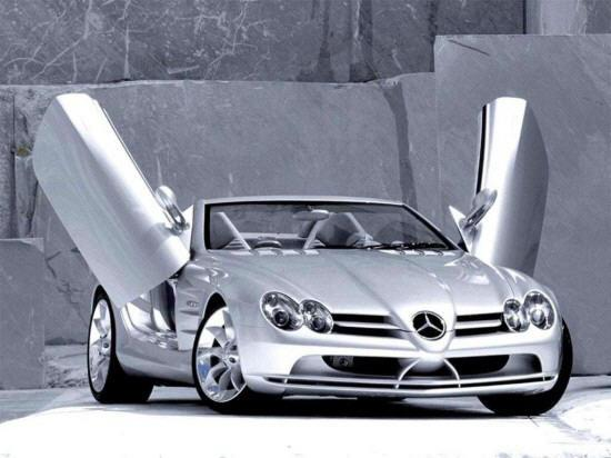 Front Right Mercedes-Benz Gull Wing Car Picture
