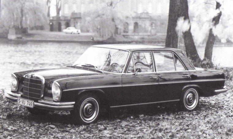 1967 Mercedes-Venz 300 SE Car Picture