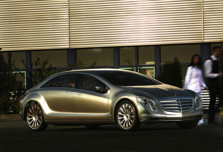 Mercedes-Benz F700 Concept Car Picture