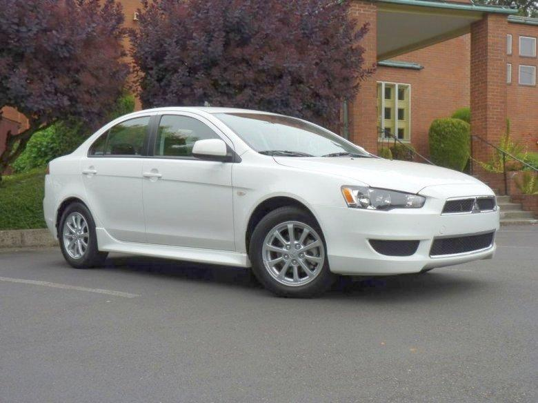 Front Right White 2012 Mitsubishi Lancer Car Picture