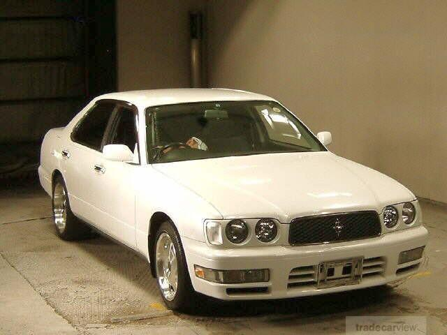 Front Right White 1996 Nissan Cedric Car Picture