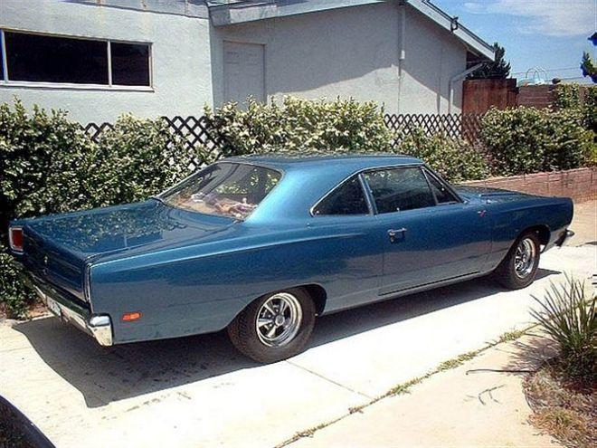 1969 Plymouth Road Runner Car Picture