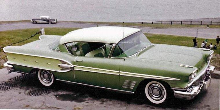 1958 Pontiac Parisienne Car Picture