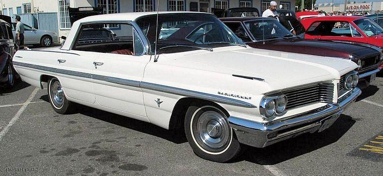 Front right white 1962 Pontiac Parisienne Car Picure