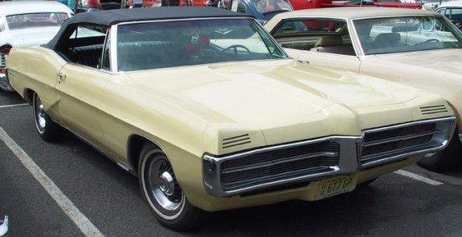 1967 Pontiac Grand Prix Car Picture