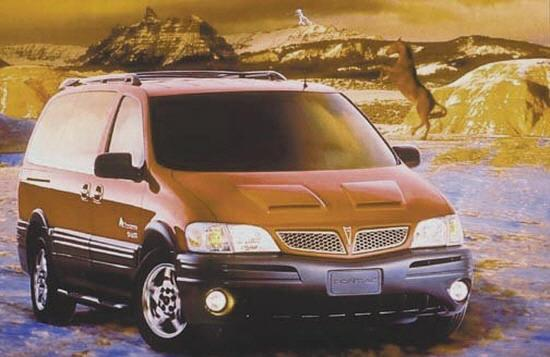 Front right Red 2006 Pontiac Montana Car Picture