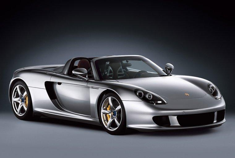 2003 Porsche Carrera GT2 Front Right Car Picture
